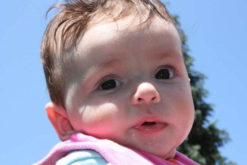 满月宝宝放屁多是怎么回事宝宝老是放屁该怎么预防