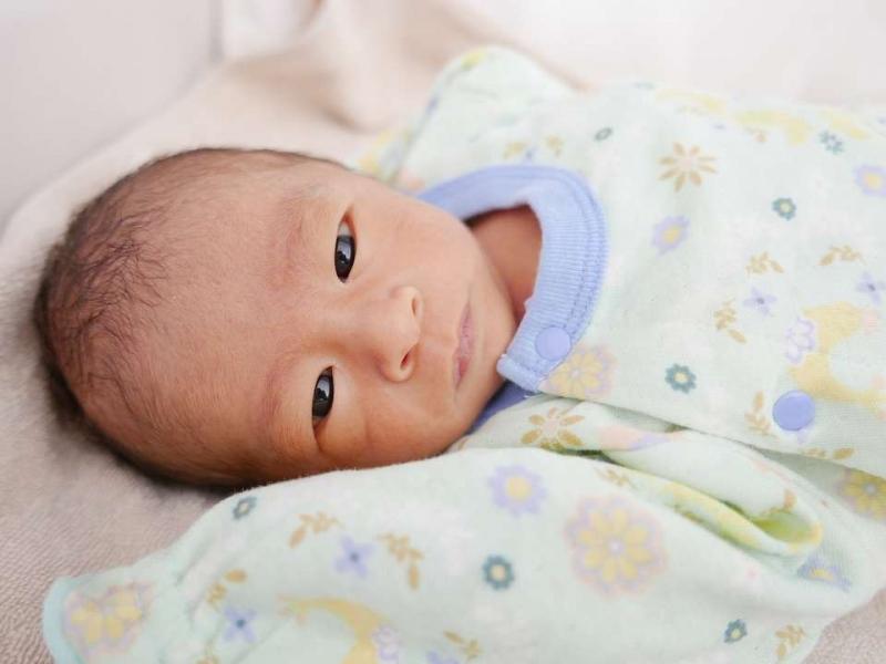 八个月宝宝的发育指标是什么怎么照看八个月的宝宝