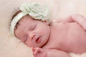 新生儿脑出血怎么治疗新生儿脑出血的病因是什么